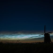 Lichtende nachtwolken_1