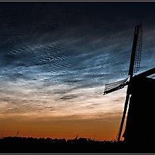 Lichtende nachtwolken_23